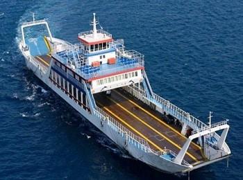 شناور حمل خودرو و مسافر